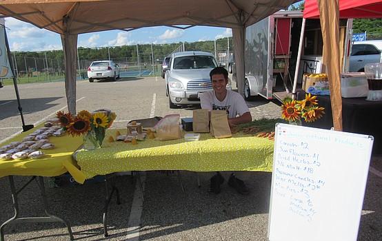 Austintown Farmers Market plans community events