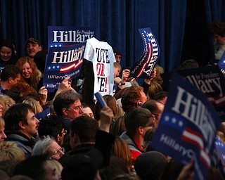 Crowd at Clinton rally Tuesday