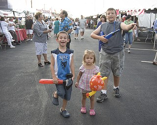 Kids play at the Italian Festival at Mt. Carmel Church in Youngstown, OH. Thursday, July, 24, 2008. Daniel C. Britt.