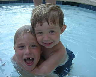 Cousins Braden Butler (then age 2) and Jacob Blackburn (then age 6) at Myrtle Beach July 2007.