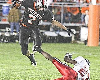 Niles vs Howland. Photo by Nick Mays.