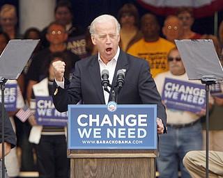 Joe Biden in Warren