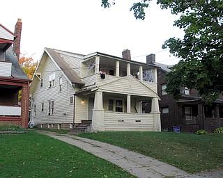 The Ohio Avenue duplex where Gina Tenney lived above Bennie Adams