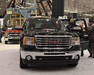 Flex fuel GMC hybrid truck at the 2009 Cleveland Auto Show