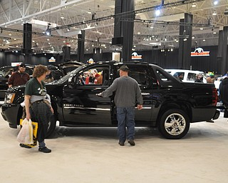 GMC Avalanche at the 2009 Cleveland Auto Show