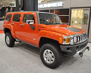 Hummer H3 at the 2009 Cleveland Auto Show