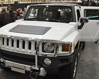 Hummer H2 at the 2009 Cleveland Auto Show