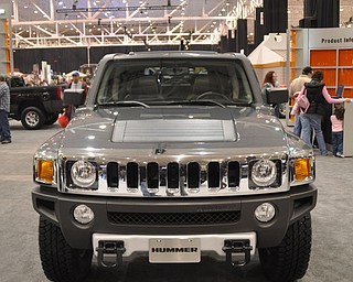 Hummer H3 truck at the 2009 Cleveland Auto Show