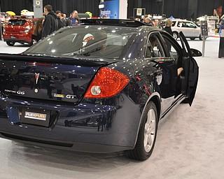 Flex-fuel Pontiac G6 at the 2009 Cleveland Auto Show