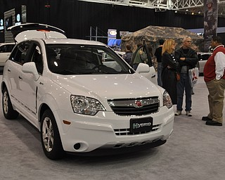 Saturn hybrid Vue at the 2009 Cleveland Auto Show