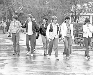 Teens in Idora on last days 1984