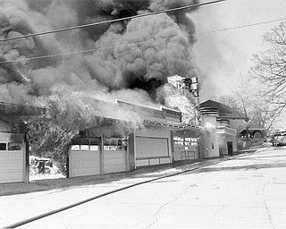 Apr. 26, 1984 Midway starts to collapse from the fire