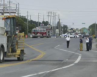 BOARDMAN — Emergency crews shut down about 1,000 feet of U.S. Route 224, west of South Avenue this afternoon after a construction crew punctured a gas line.