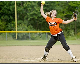 6.16.2009 Howland's Abagael Nicholas (2) pitches at Candlelite Knolls in Bazetta Ohio on Tuesday afternoon. Photo by: Geoffrey Hauschild