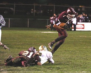 BOARDMAN - (1) Chase Hammond breaks away for a nice gain Friday night. - Special to The Vindicator/Nick Mays