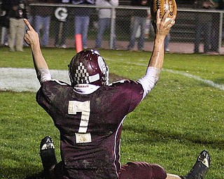 BOARDMAN - (7) Kenny Jones celebrates a touchdown Friday night. - Special to The Vindicator/Nick Mays
