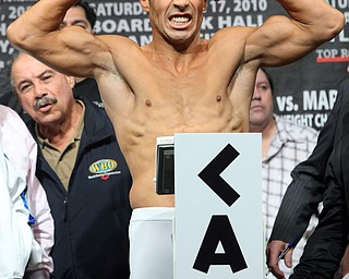 Sergio Martinez of Argentina gestures during his weigh-in for a WBC middleweight championship fight against Kelly Pavlik, Friday, April 16, 2010,  in Atlantic City, N.J.  Pavlik and Martinez are scheduled for a World Middleweight Championship bout on April 17 at Boardwalk Hall in Atlantic City. (AP Photo/Sean M. Fitzgerald)