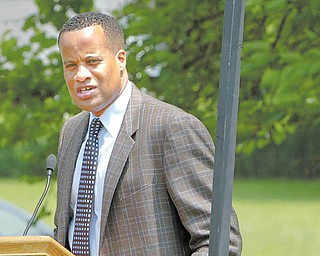 Mayor Jay Williams spoke on the importance of the proposed Harrison Commons park to the city, Youngstown State University and the Smoky Hollow neighborhood.