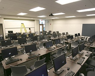 ROBERT K. YOSAY | THE VINDICATOR..One of several class rooms - .The new Williamson College of Business Administration will provide a professional business education environment, a resource for the regional business community and a link between YSU and the cityÕs downtown.. ....-30-