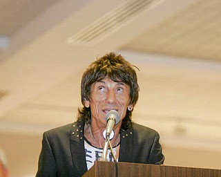 William d lewis the vindicator ronnie wood at Butler