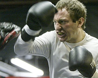 William D Lewis The Vindicator  Boxer Billy Lyell prepparing for upcoming fight in Mexico.