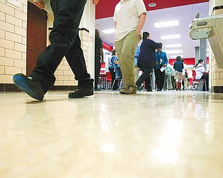 ROBERT K. YOSAY | THE VINDICATOR..students change classes at Youngstown Chaney - w/ Denise Dick... Ó--30-..