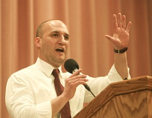 State Sen. Joseph Schiavoni of Canfield, D-33rd, encouraged the union workers to continue their protests. A fourth hearing on the bill is scheduled for late this afternoon in Columbus.