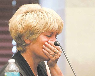 Cindy Anthony cries as she testifies during murder trial of her daugher, Casey Anthony, at the Orange County Courthouse, in Orlando, Fla., Saturday, May 28, 2011. Casey Anthony is charged with murdering her daughter, Caylee. (AP Photo/Joe Burbank, Pool)