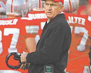 Ohio State coach John Cooper looks to his team during the Buckeyes 28-24 loss to Michigan State in Columbus, Ohio, Saturday, Nov 7, 1998. Cooper says the team's loss to Michigan State is one of the lowest valleys he's suffered since bcoming head coach. (AP Photo/Mark Hall)