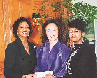 Recently, the Youngstown Chapter of The Links Inc. honored Dr. Glenda Newell-Harris, national vice president from the Alameda Contra-Costa chapter of California. The event took place at the Avalon Golf and Country Club-Squaw Creek in Vienna. Founded in 1946, the Links comprises women who are committed to enriching, sustaining and ensuring the culture and economic survival of black people and others of African ancestry. The national organization has given more than $24 million to charitable causes. From left to right are Links members Marge Staples, Dr. Newell-Harris and Dr. Krishmu Shipmon, chapter president, as the key to the city is presented to the honoree.