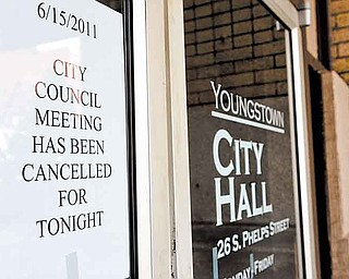 A broken switch on a transformer caused power to be lost at Youngstown City Hall. Two backup generators provided electricity for the building though they didn't help the entire structure. The problem also led city council to cancel its Wednesday meeting.