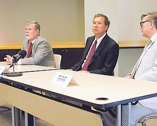 From left, Senate President Tom Niehaus, Gov. John Kasich and House Speaker Bill Batchelder criticize public-employee unions and other Senate Bill 5 opponents after the latter declined an invitation to participate in last-minute negotiations to remove Issue 2 — the new collective-bargaining law — from the November ballot.