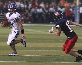 ROBERT  K.  YOSAY  | THE VINDICATOR --..Poland Bulldogs at Fitch Falcons Friday Night Game.--30-..(AP Photo/The Vindicator, Robert K. Yosay)