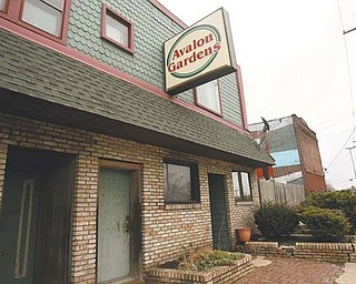 Avalon Gardens, a longtime bar and restaurant on Youngstown's North Side, closed for good Friday night, four months after its owner Jim Donofrio went missing.
