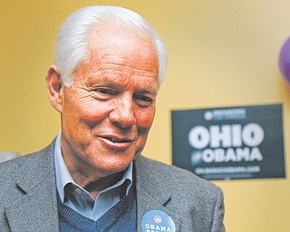 """Akron Mayor Don Plusquellic speaks during Sunday's """"Mayors for Obama"""" bus tour stop in Warren."""