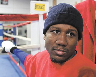Boxer Dannie Williams works out at Southside Boxing Club in preparation for his NABF lightweight fight against John Molina on Friday at the Indian School in Santa Fe, N.M. Williams, a St. Louis native, is looking to rebound after his loss to Hank Lundy last March.