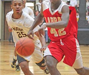 LaBrae's Marcell Richardson (42) outraces Beachwood's Julio Stevens (25) to the ball in their Division III regional final in Canton. LaBrae won, 59-30, to advance to the state tournament in Columbus.