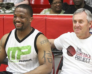 William D. Lewis\The Vindicator Maurice Clarett and Jim Tressel during Comeback event -27-13..