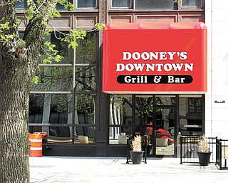 Dooney's Downtown Grill & Bar closed about two weeks ago after owners decided to turn the space over to a new operator that will make an announcement on a opening date sometime next week.