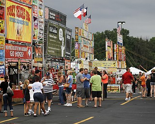 MADELYN P. HASTINGS | THE VINDICATOR  The Eastwood Rib Fest in Niles features ribs, food, music, and a marketplace with a variety of vendors on Saturday, July 20. The event runs through Sunday.