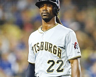 Pirates All-Star centerfielder Andrew McCutchen is hoping that Pittsburgh's other free agents will stay with the