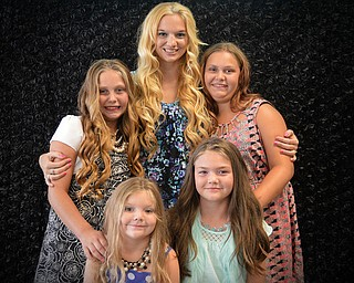 Mom Lisa gathers her brood, including MacKenzie, Zoey, Ali and Mariah. They are from Vickery, Ohio.