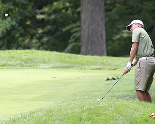 Brian Terlesky(U-17) chips the ball onto the green off on hole 1 during a playoff for first in the Greatest Golfer of the Valley Junior Qualifier at Tam O'Shanter Golf Course, Thursday, June 15, 2017 in Hermitage...(Nikos Frazier | The Vindicator)