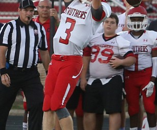 Struthers running back Tommy Kopnicky (3) misses the catch in the first half as Struthers takes on Canfield, Friday, Sept. 22, 2017, at Canfield High School in Canfield. ..(Nikos Frazier | The Vindicator)..