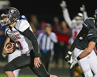 CORTLAND, OHIO - NOVEMBER 3, 2017: Girard's Mark Waid runs into the end zone to score a touchdown during the first half of the OHSAA playoff game, Friday night at Lakeview High School. DAVID DERMER   THE VINDICATOR