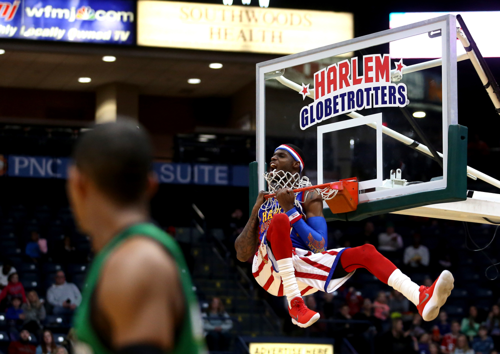 Globetrotter #27 dunks, Jan. 24, 2018, at the Covelli Centre in Youngstown...(Nikos Frazier | The Vindicator)