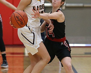 STRUTHERS, OHIO - MARCH 3, 2018:  Salem's Paige Bailey (14) defends against South Range's Maddie Durkin (13) during the 4th qtr at Struthers High School, Struthers' Fieldhouse.  MICHAEL G. TAYLOR | THE VINDICATOR
