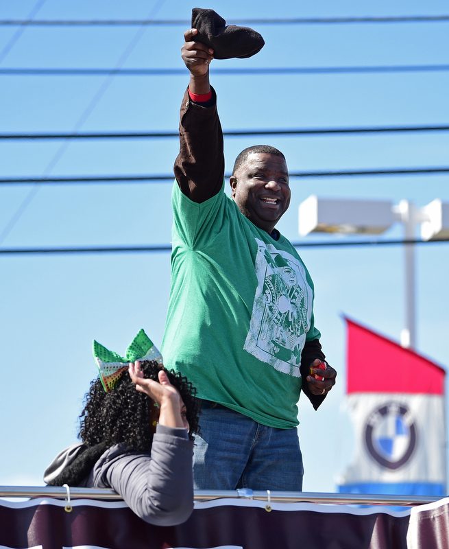 BOARDMAN, OHIO - MARCH 11, 2018: Youngstown Mayor Jamael Tito Brown waives to the parade goers on Market Street during the Mahoning Valley St. Patrick's Day Parade. DAVID DERMER   THE VINDICATOR