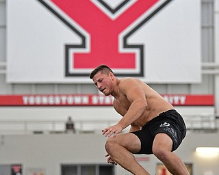 YOUNGSTOWN, OHIO - MARCH 13, 2018: Youngstown State's Kevin Rader competes during a shuttle drill during the Youngstown State football pro day, Tuesday morning at the Watts Indoor Facility. DAVID DERMER | THE VINDICATOR