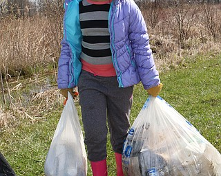 Girl Scouts Clean Up Mill Creek